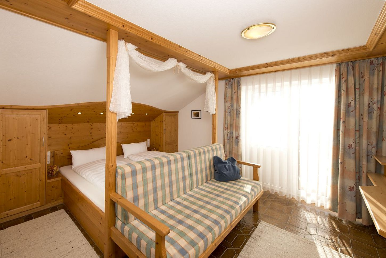 Zimmer 25qm