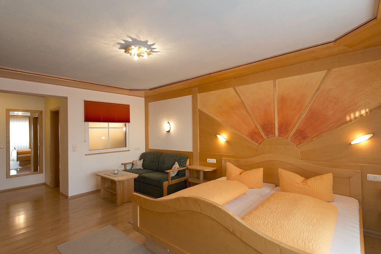 Zimmer 30qm